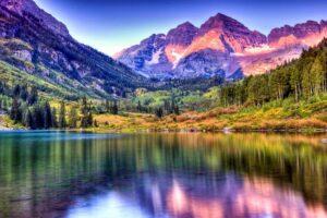 maroon_bells_lake_at_sunrise_colorado